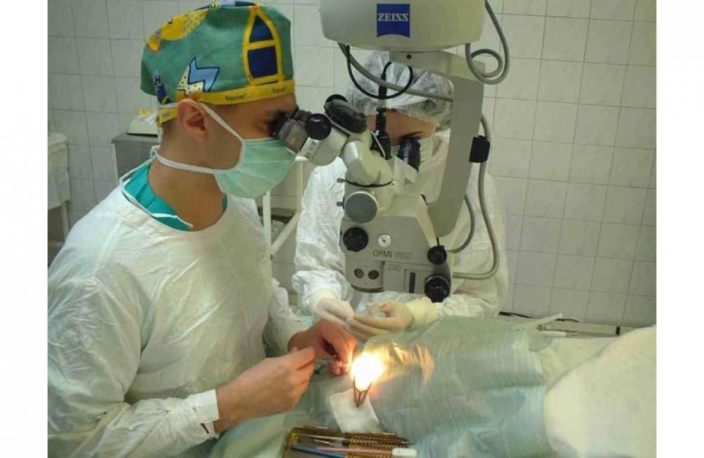 Операция на глаза в мурманске цена