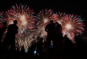 Image: People watch a firework display during the International Fireworks Festival in Zagreb