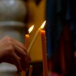 Куда и как в церкви ставить свечки за здравие и за упокой?