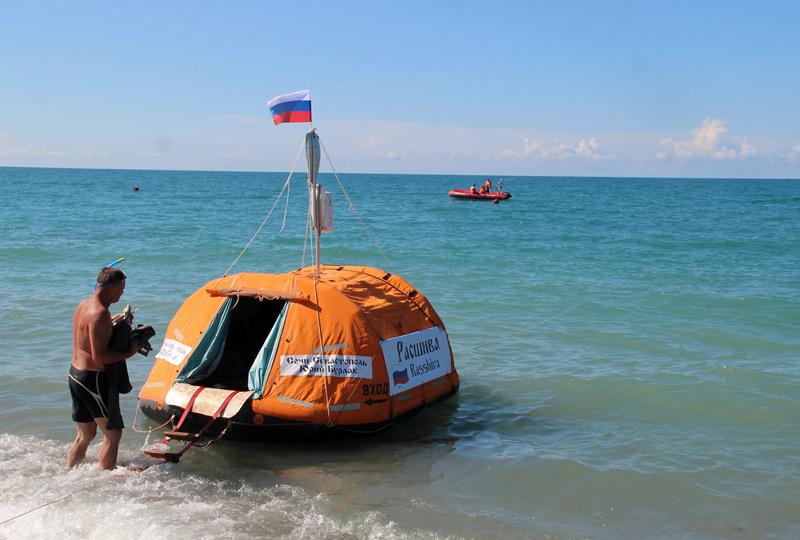 Гражданин Армавира вплавь добрался изСочи вСевастополь