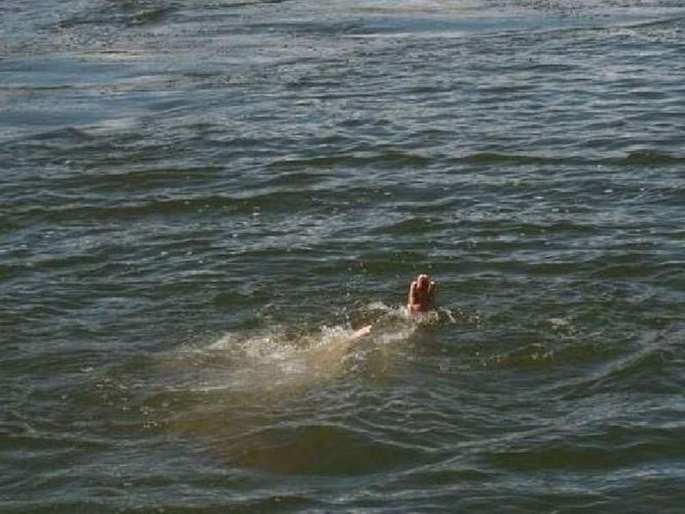 ВРостовской области 2-летняя девочка утонула вреке