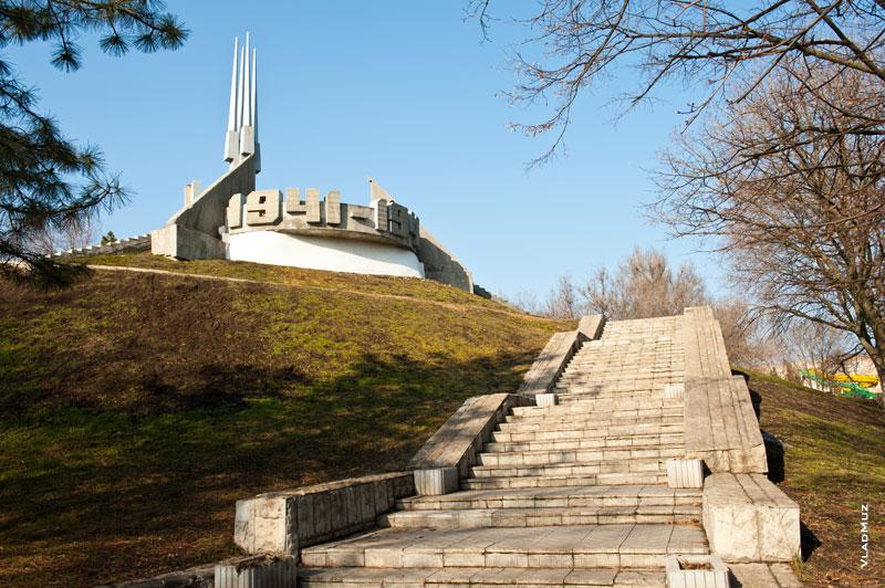 Подростки-вандалы попали под уголовное дело вРостовской области