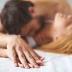 Учёные назвали лучшее время для секса, сна и занятий спортом
