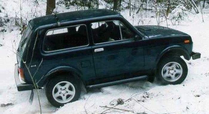 Мошенник угнал машину для того, чтобы согреться вРостовской области