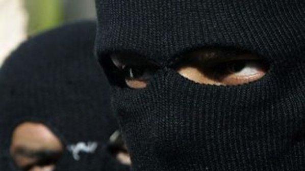 Двое граждан Таганрога ограбили 16-летнего знакомого