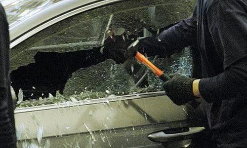Вора, похищавшего вещи изавтомобилей, задержали вРостове