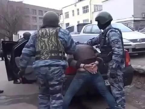 Четверо граждан области распространяли наркотики вТаганроге