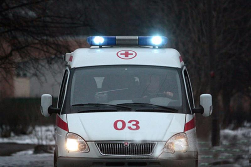 ВРостове 71-летняя женщина выпала изавтобуса