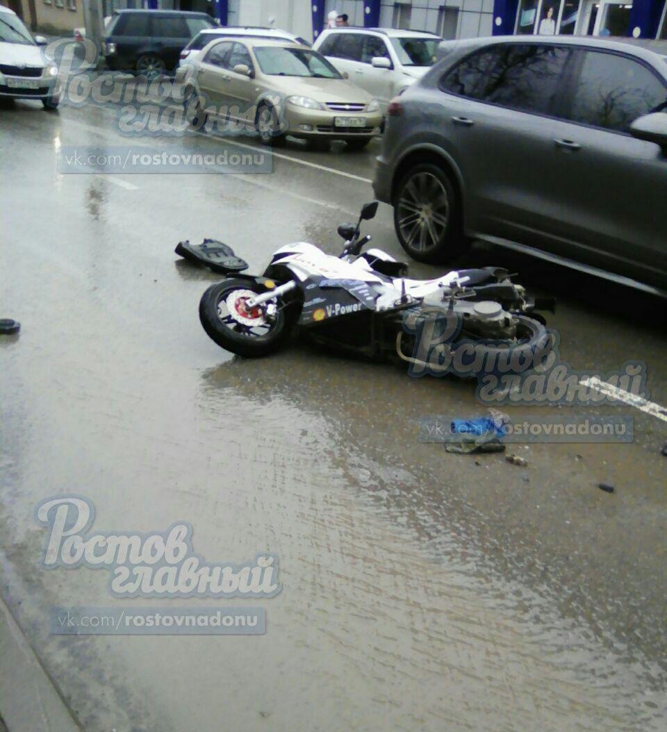 НаЛесопарковой вРостове умер скутерист— свидетели