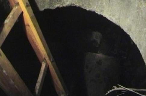 Надне пожарного резервуара вАзове найдено тело убитой женщины