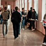 Минобрнауки подсчитало процент потенциальных наркоманов среди школьников