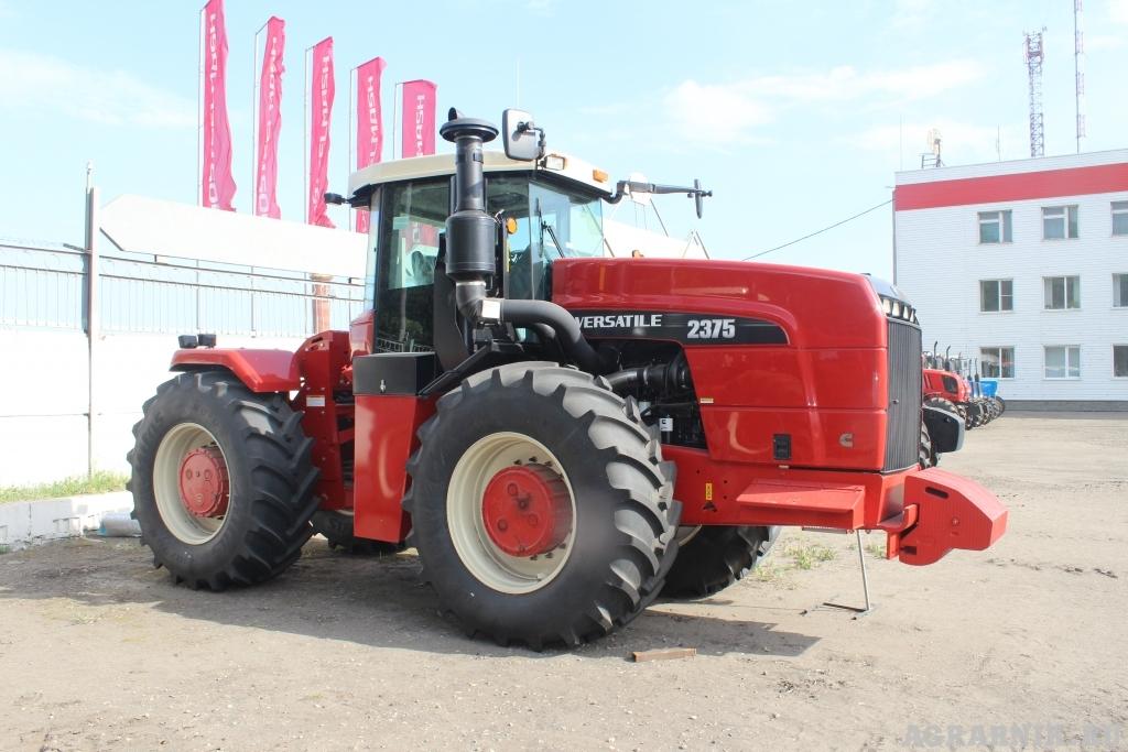 Серийный выпуск новых тракторов запустил «Ростсельмаш»