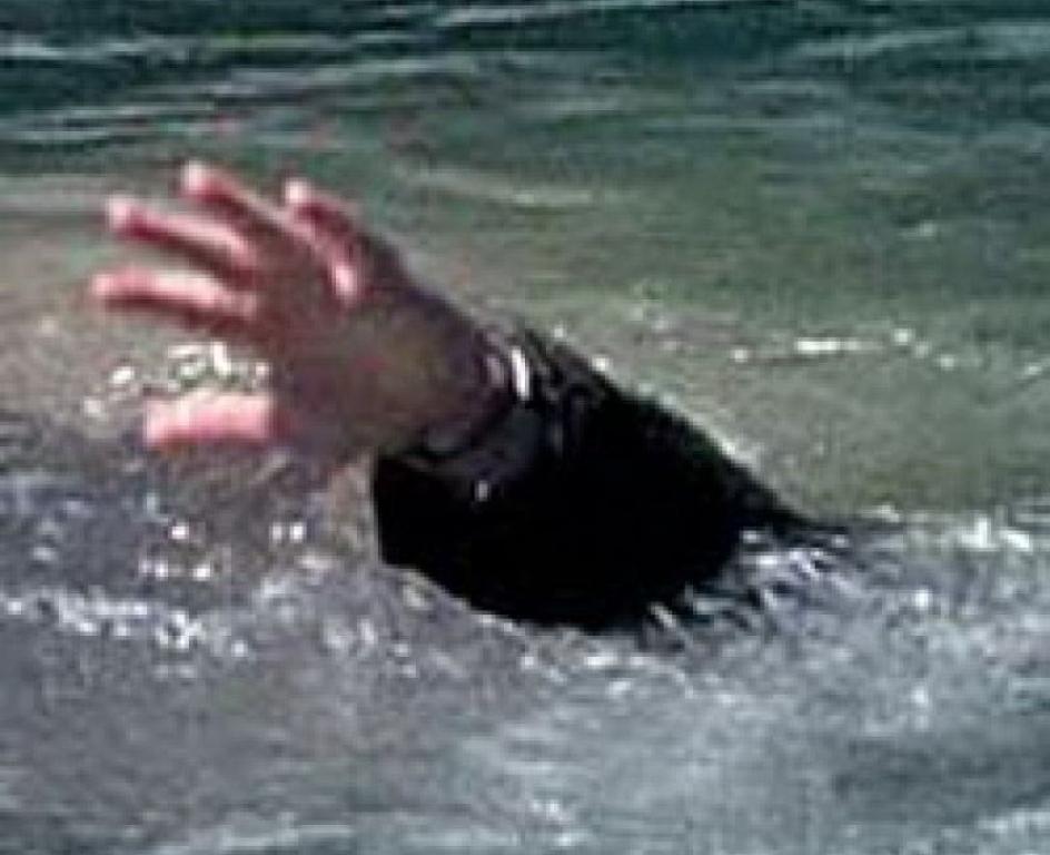 Cотрудники экстренных служб  вытянули  изводы нетрезвого ростовчанина, пытавшегося переплыть Дон