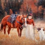 Как всадницы сидят на лошади боком и не падают?