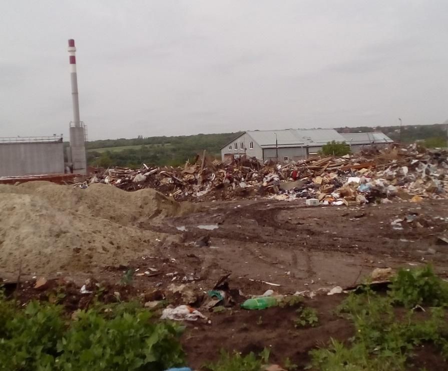 НаЗеленом острове Ростова-на-Дону подросла внушительная свалка