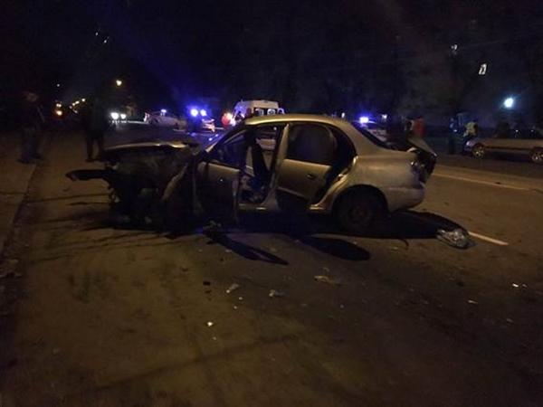 Нетрезвый сотрудник ГИБДД протаранил вовнерабочее время полицейскую машину