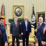 Порошенко обогнал Путина и побывал в Белом доме первым