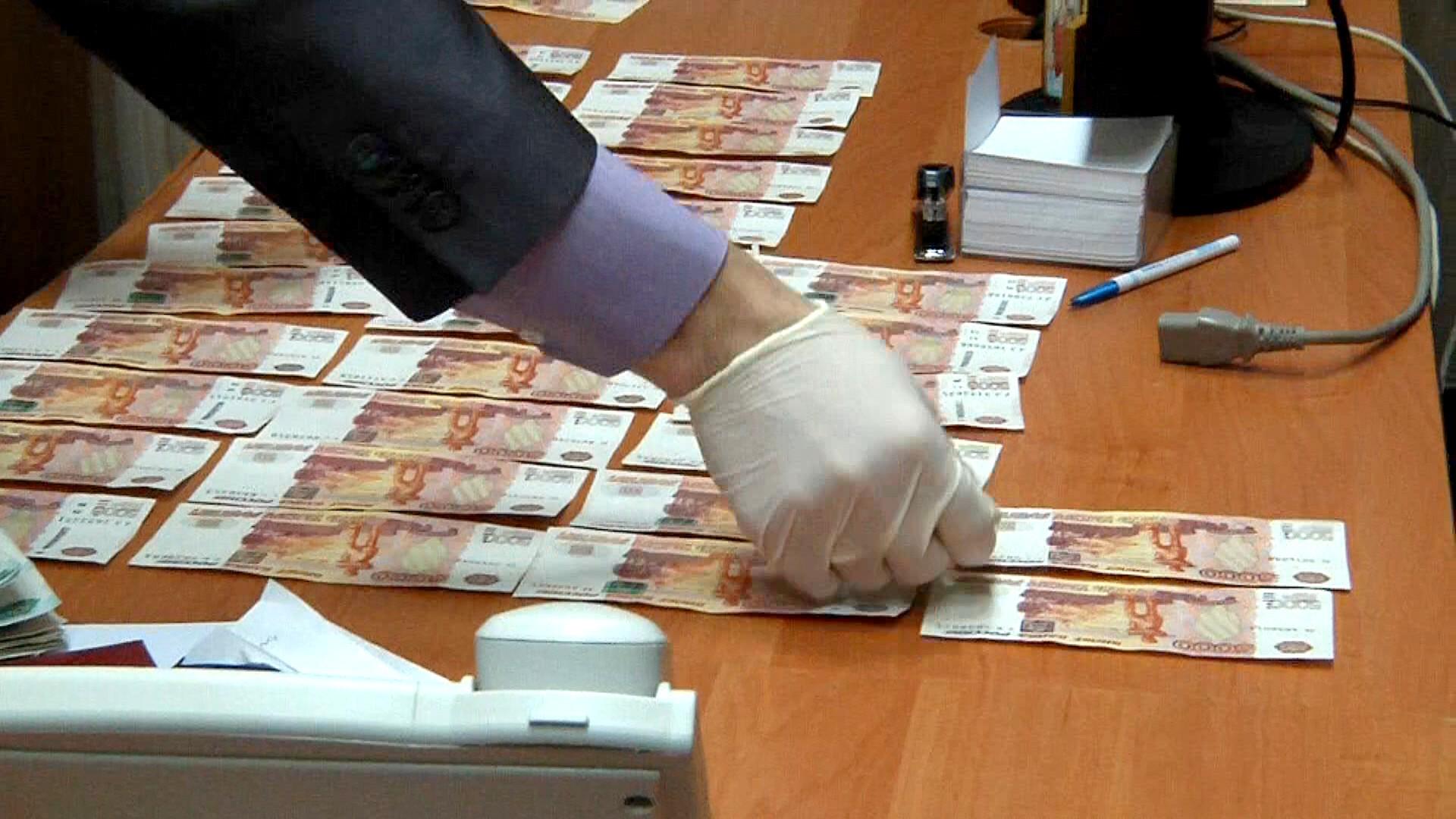 Экс-директор отдела угрозыска осужден вШахтах заполучение взятки