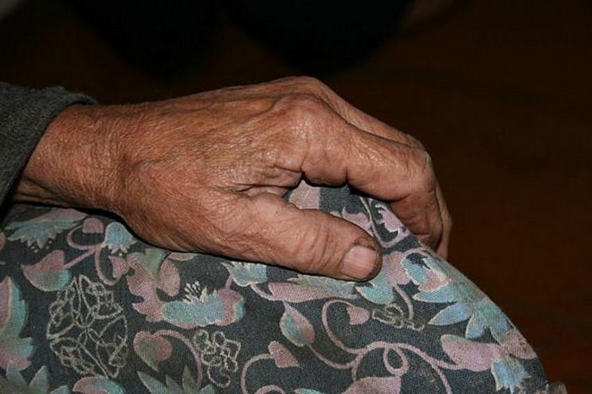 ВРостовской области 35-летний мужчина изнасиловал 89-летнюю пенсионерку