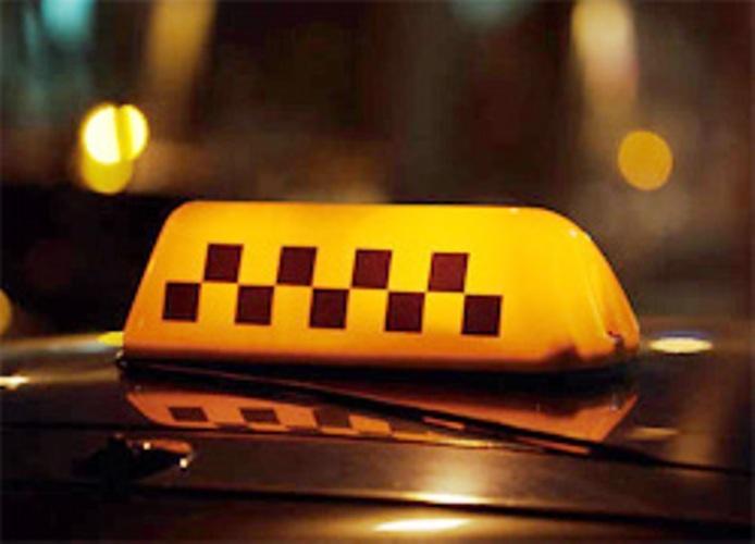 ВВоронеже наМосковском проспекте пассажир ограбил водителя такси