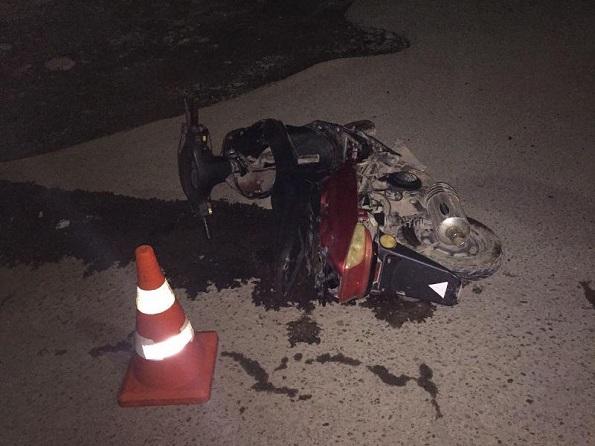 ВРостовской области «легковушка» врезалась вскутер. Погибла 44-летняя женщина