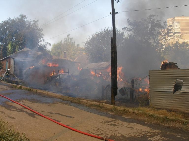 Возгорание, практически уничтожившее огромный рынок, произошло накануне.