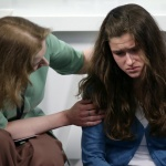 Психолог МЧС рассказала, как помочь человеку, попавшему в экстремальную ситуацию