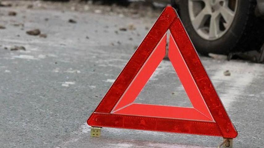 Шофёр «Пежо» умер вДТП, несправившись суправлением