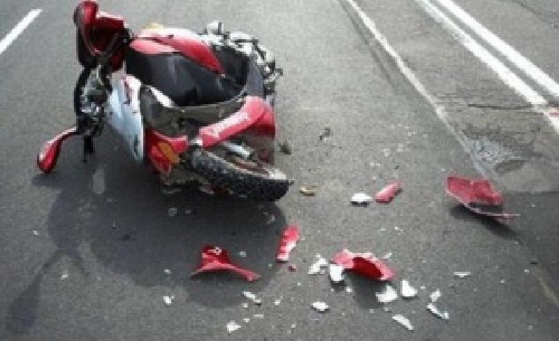 ВРостовской области шофёр Мазда снес надороге скутер— Смертельное ДТП