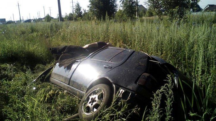 e3d5305f0 ВРостовской области перевернулся автомобиль: шофёр умер