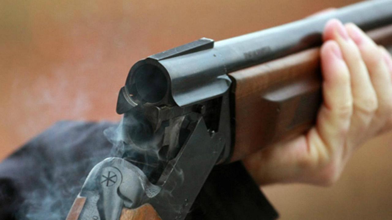Мужчина застрелил подростка, который бросился защищать мать наДону