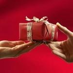 Что нельзя дарить и принимать в дар