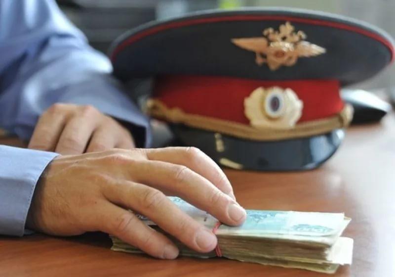 ВРостовской области завзятку осудили экс-полицейского