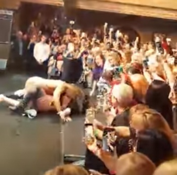 тарзан в ночных клубах видео