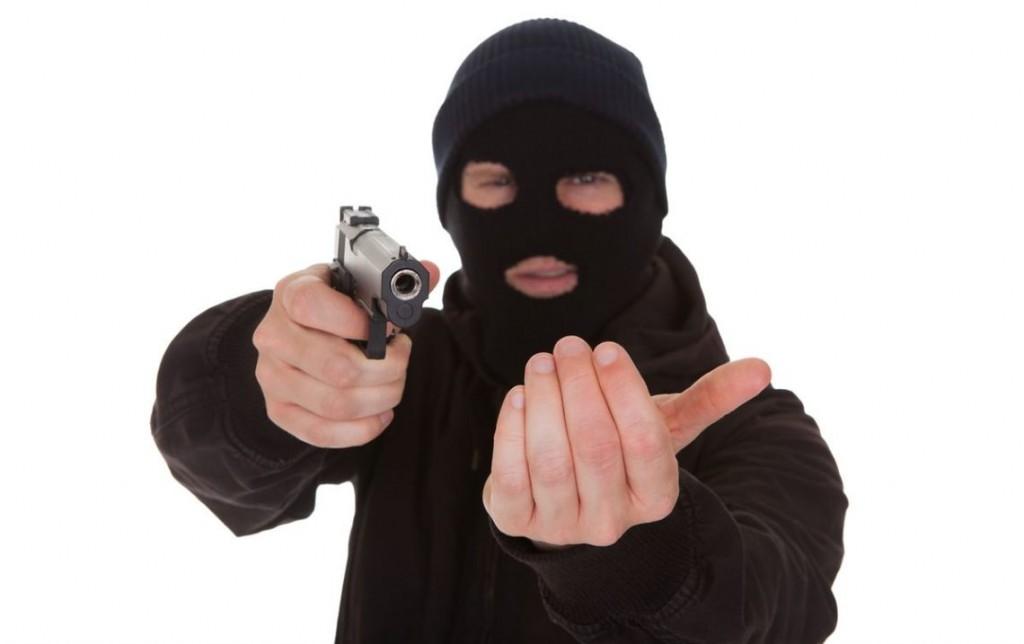 Картинки бандитов в масках с оружием и машины, маму картинках